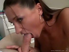 Saucy Tiffany Thomas receives a throbbing shaft down her throat