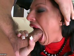 Great Kerry Louise receives a brutal throat banging
