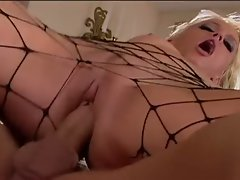 Ashley Long gets stud to pound her cunt wild and deep