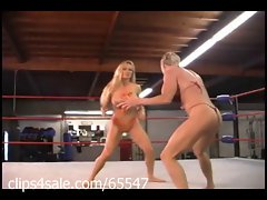 Spotlight on Woman Wrestling at Clips4sale.com