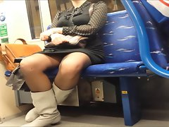 Oblique Upskirt on Train