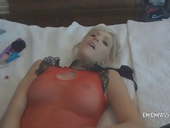 Light-haired cheating wife Jolene getting grinded