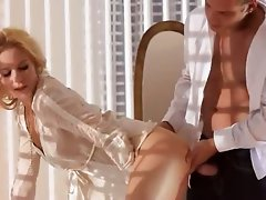 juicy light-haired havingsex brutal in bedroom