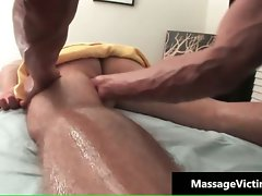 Bum massage for gay dude who gets part4