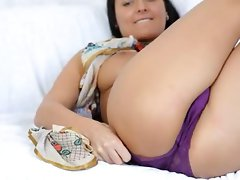 titty lass in beads dildoing vagina