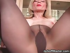 Whorish blond slutty mom with big fantasic juggs part3
