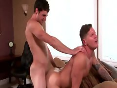 Powerful hunk gets pecker drilled