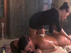 This butch massage is about to get absolutely erotic for her client