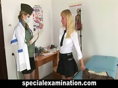 Tempting blonde chick gets gyno exam