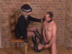 Splendid English Mistress makes slave to relieve himself