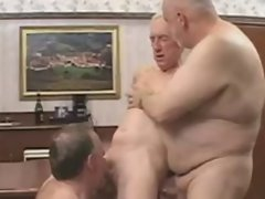 Daddy Crazy threesome action