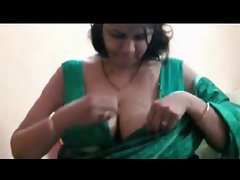 NRI Mature whore Aunty sex
