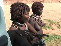 africa female show knockers