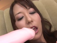 Buxom Akari Asagiri Bangs Herself With Sexual toys