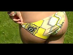 Geile Ladies machen den Bikini Test