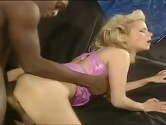 Charming Blonde's 125cc holes Rebored To 750cc - BBC