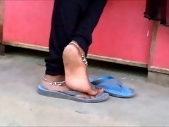 Candid sensual indian anklet feet shoeplay in flipflops