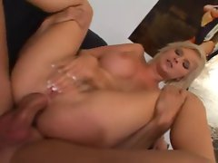 2 sensual slutty chicks analed in a 4some