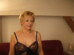 FRENCH Attractive mature 7 blondie mother mummy and a 18yo man