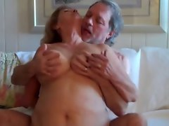 Attractive mom Rides Husbands Dick