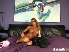 Muscles flexing and screaming orgasm on the sybian