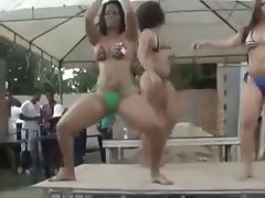 Brazilians big butt dancing