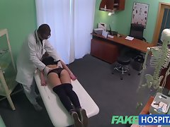 FakeHospital Attractive 20s gymnast seduced by doctor
