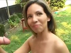 Mummy jerks off man out doors - 724adult com