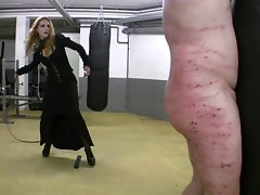 Bullwhip punishment