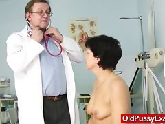 Unshaven cheating wife Eva visits gyno doc fuck hole inspection