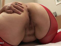 Phat Butt White Slutty mom Banged with Toy