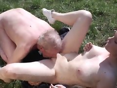 Aged grandpa bangs 18yo whore outdoor