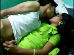 Desi Young lady Homemade Sex wid hindi audio