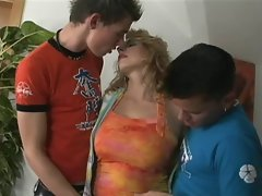 Sara Romain with two younger lad