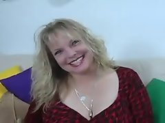 Buxom drains cum in her mouth and swallow
