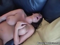 Top heavy Leslie masturbates with toy on her first audition