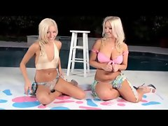 Blond Lesbo Love