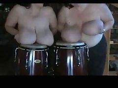 Mega Hangers #10 (Two Cute bbw playing drums Natural Wonders)