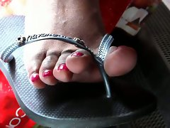 JOE Seductive indian Red Toes flip flops