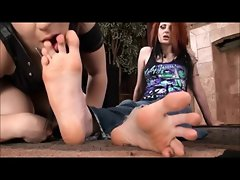 Lesbo Foot Worship 1