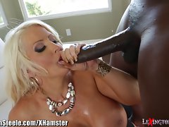 LexingtonSteele Blows Load on Big titted Mommy
