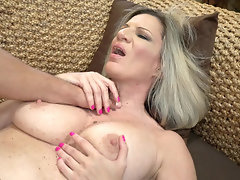 Hot cougar Conchita sucks cock and gets fucked