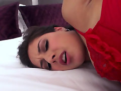 Lustful Jynx Maze is a big fan of ass play and anal sex