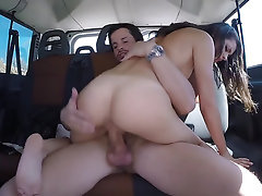 Spanish chick prefers to suck and ride on cock while travelling