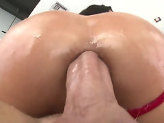 Spanish bitch Alexa Tomas receives thick penis into her arse